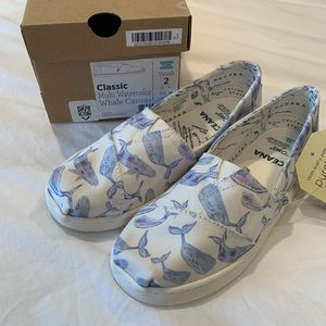 Toms girls youth size 2